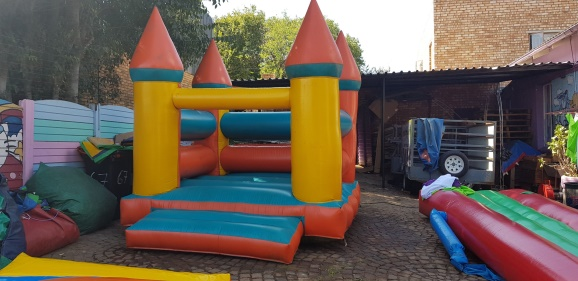 Jumping Castle #178