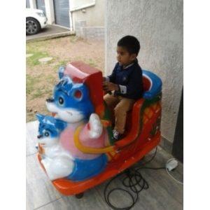 Kiddie Ride Cats